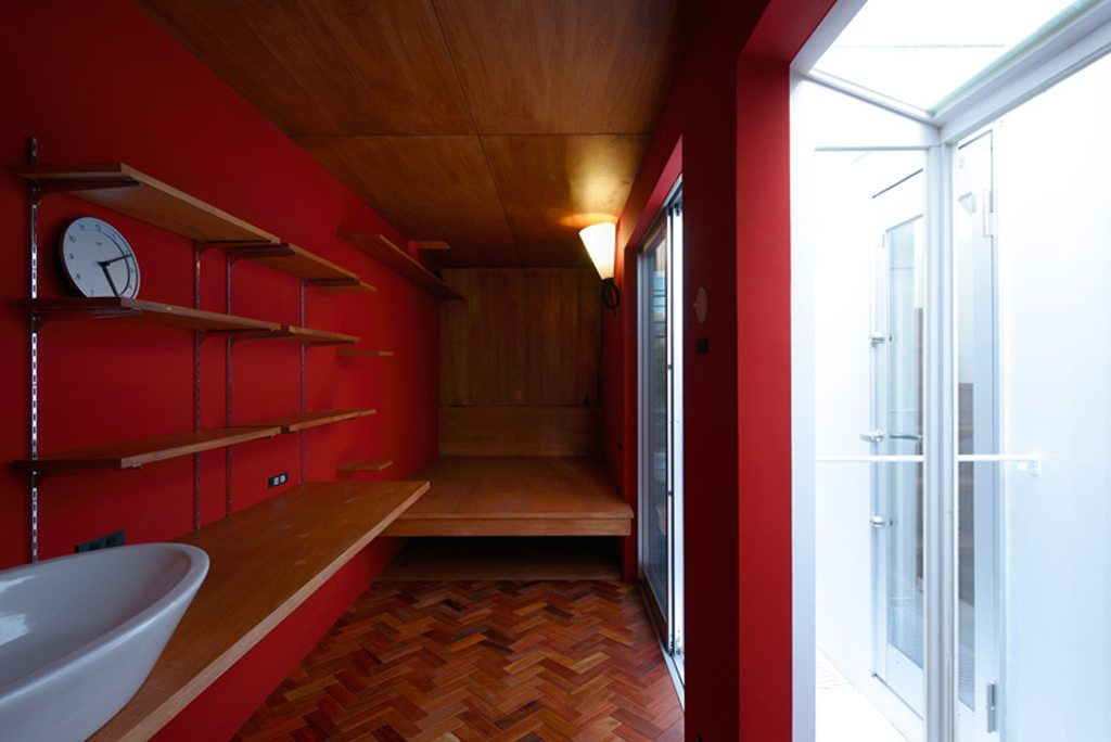ON-design-narrow-house (12)