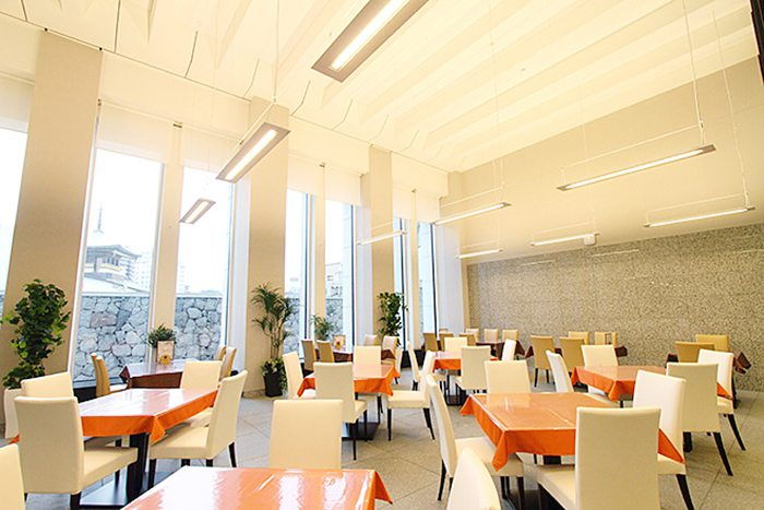 University-cafeteria-toyodaigaku-3