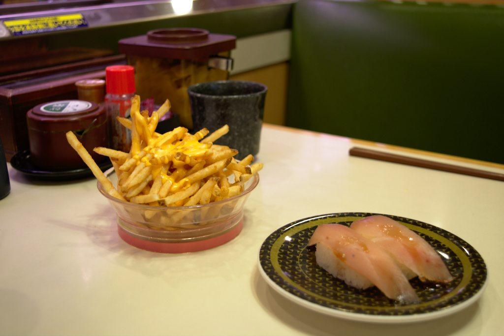 L'un de ces plats n'est pas un sushi traditionnel, saurez-vous le retrouver ?