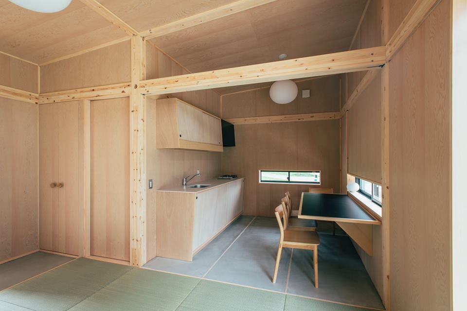 muji cr e la maison 20 000 euros dozodomo. Black Bedroom Furniture Sets. Home Design Ideas