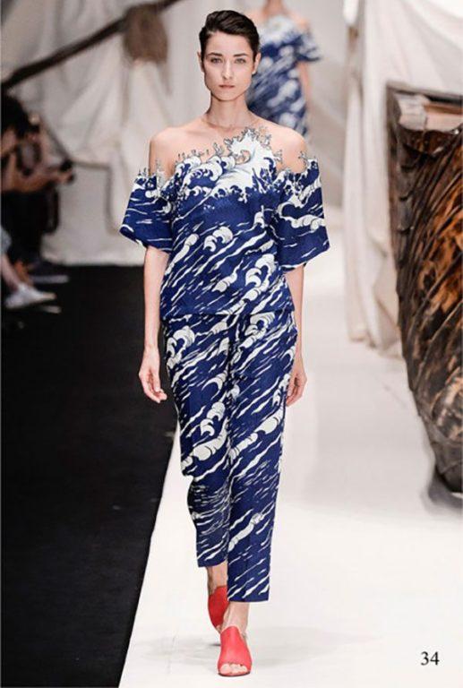 Une styliste russe cr e la robe estampe japonaise dozodomo - Mode japonaise paris ...
