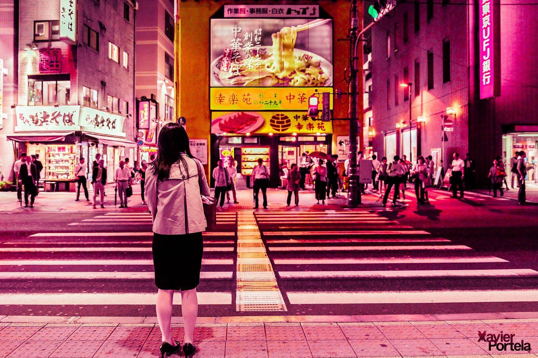 Tokyo's glow xavier portela rose_12