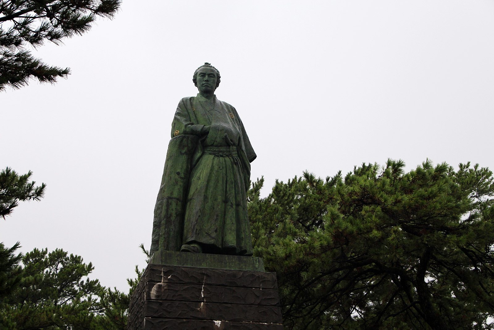 sakamoto ryoma statue_1