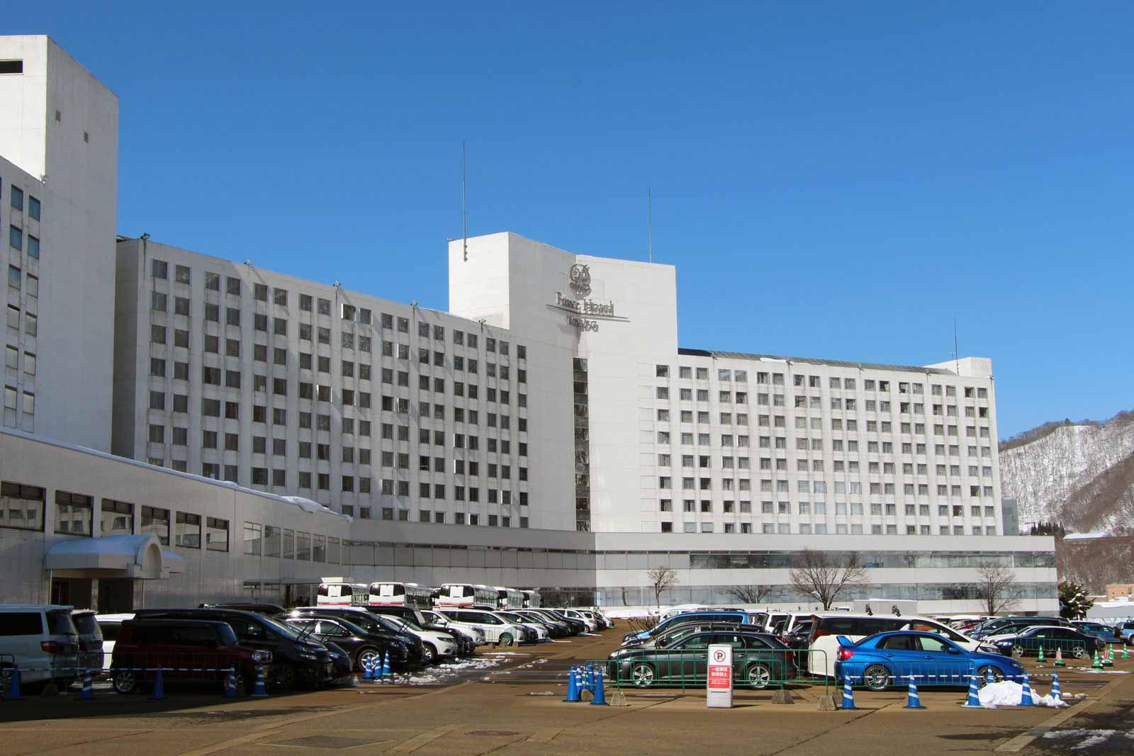 naeba-prince-hotel-station-ski-japon_17